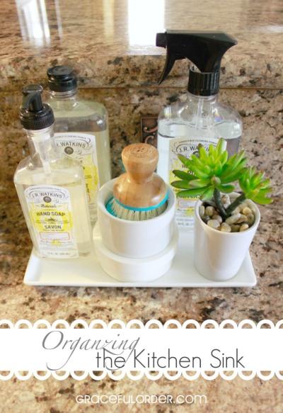 Organizing-the-Kitchen-sink